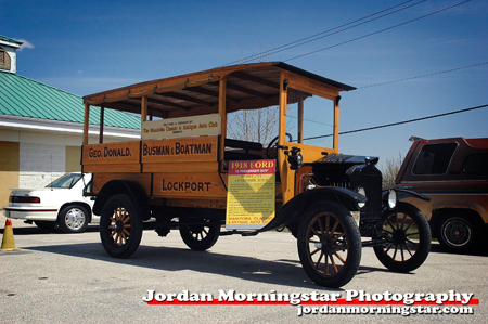 1918 Model T Bus