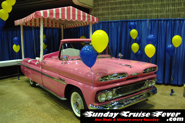 Pink Pickup at Winnipeg World of Wheels