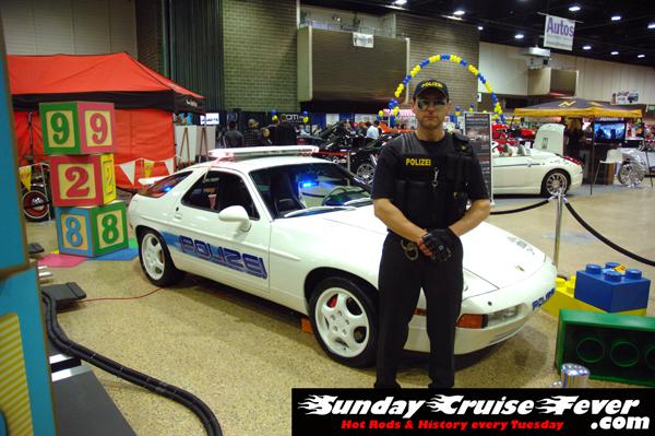 Porsche 928 Polizia car