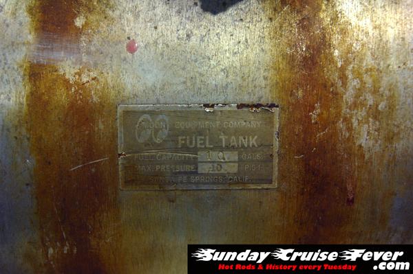 Mooneyes 10-gal. fuel tank on Travis Cool's T-bucket